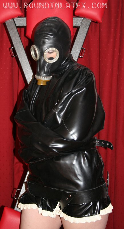 Needs a gas mask to go over the latex hood